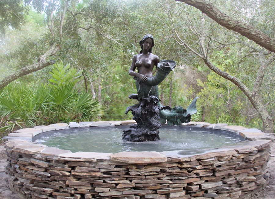 This bronze fountain ended up in a slightly more balmy Florida, USA
