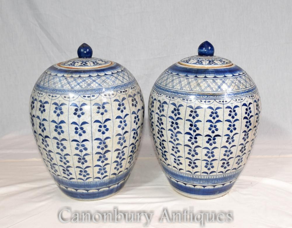 Pair Blue and White Porcelain Ming Lidded Urns Vases Pots Chinese