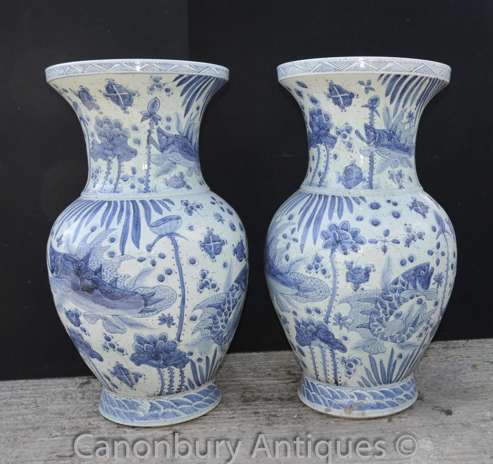 Pair Chinese Kangxi Blue and White Porcelain