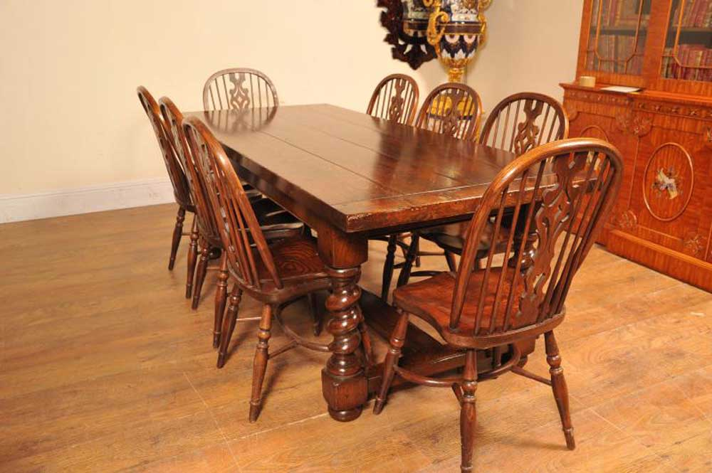 Windsor chairs around the oak refectory table