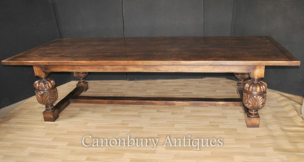 Nice French oak refectory table with bulbous hand carved legs