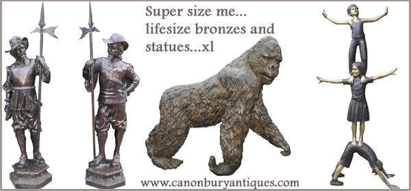 Alongside our range of lifesize bronze animals we carry large pieces for the garden