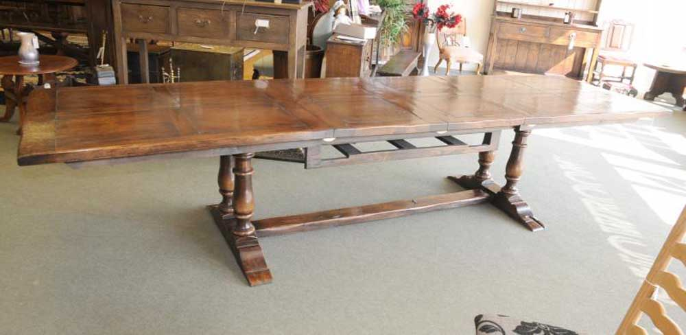 Very long oak table, perfect for that large dinner party