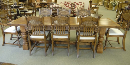 Oak Kitchen Chairs - William and Mary Barley Twist Farmhouse - 8 Diners