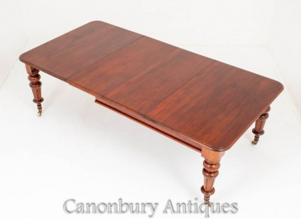 Antique Victorian Dining Table - Mahogany Circa 1870