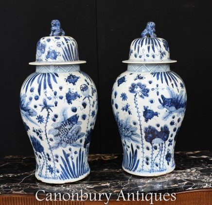 Chinese Ming Ginger Jar Urns - Blue and White Porcelain Vases