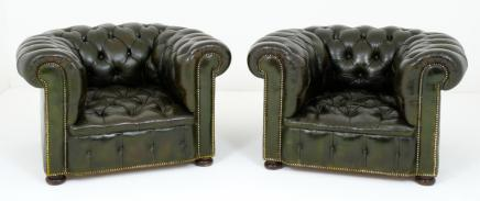 Pair Antique Leather Deep Button Arm Chairs Club Chairs Deco