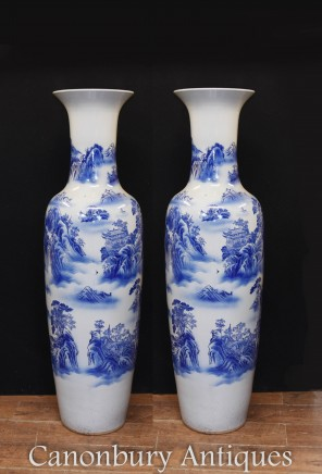 Pair Big Blue and White Chinese Porcelain Vases Urns