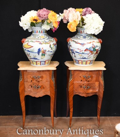 Pair Chinese Porcelain Vases - Qianlong China Urns Hand Painted