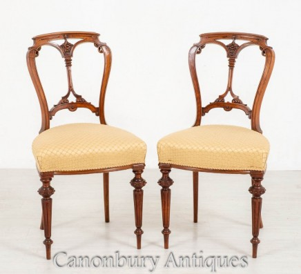 Pair Victorian Chairs - Antique Walnut Accent Chair 1870