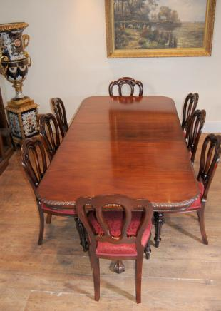 Chippendale Dining  Table & Victorian Chairs Set