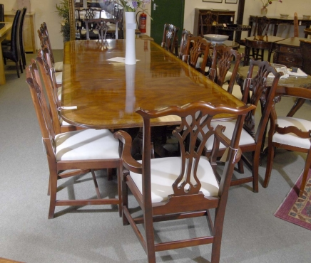 English Regency Walnut Pedestal Table Two Leaves