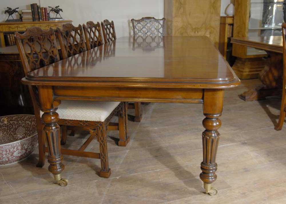 9 Ft English Victorian Mahogany Dining Table