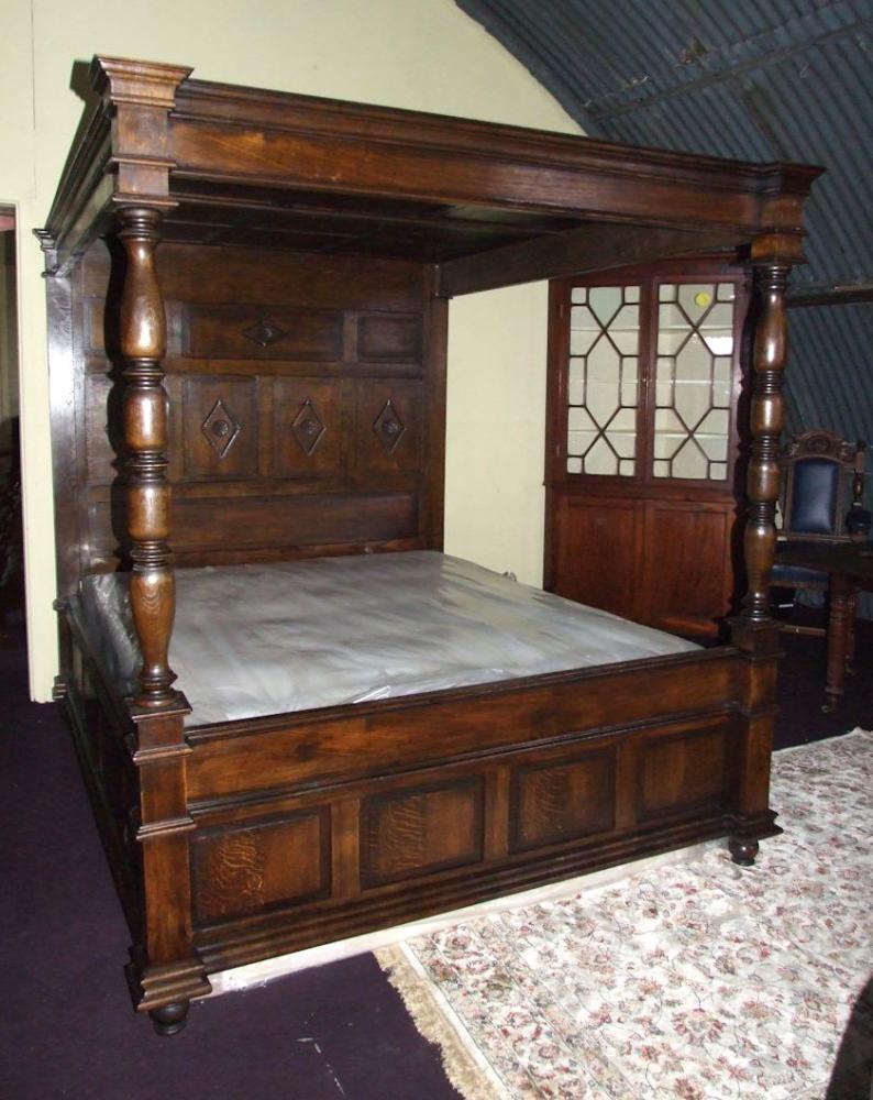 Antique Oak 4 Poster Bed Turdor Hand Carved Beds 1930