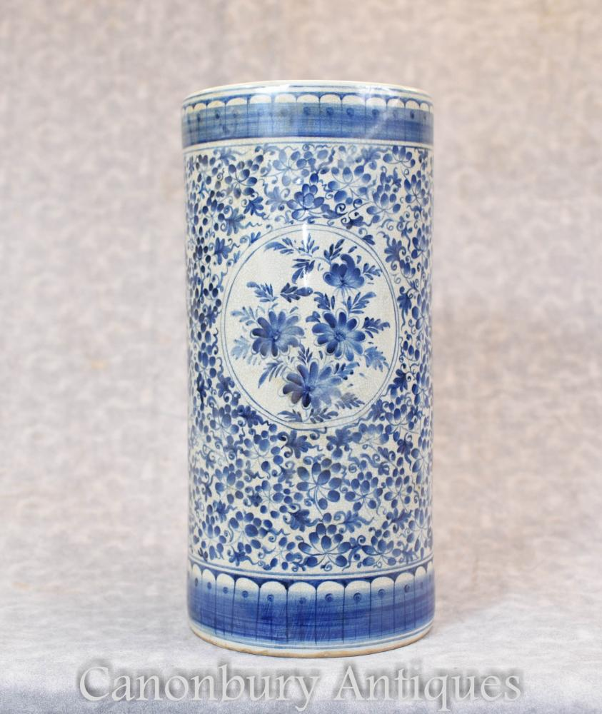 Chinese Blue And White Porcelain Ming Urn Vase Umbrella Stand
