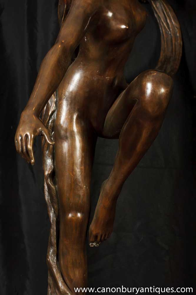 Nude Figurine 53