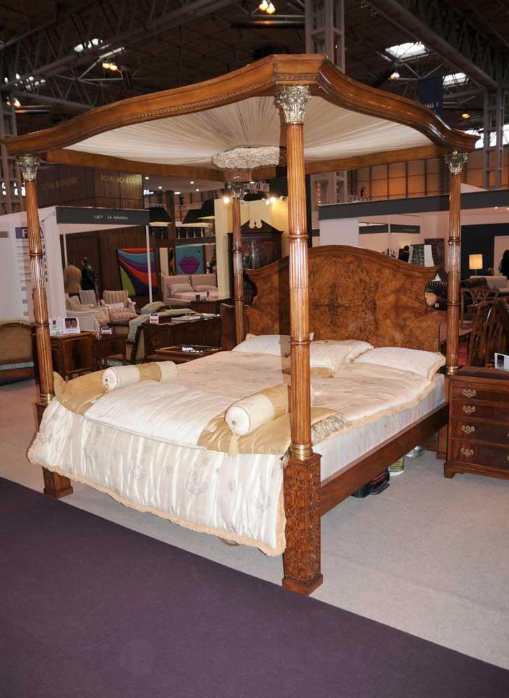 Regency Walnut Queen Size Four Poster Bed Bedroom Furniture