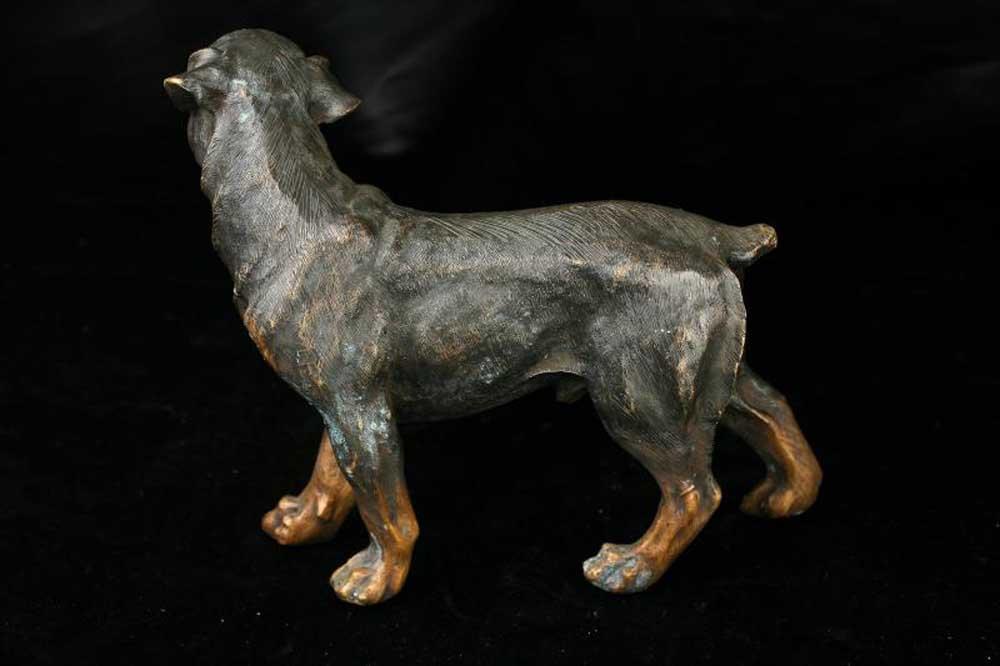 bronze rottweiler dog statue casting dogs german breeds. Black Bedroom Furniture Sets. Home Design Ideas