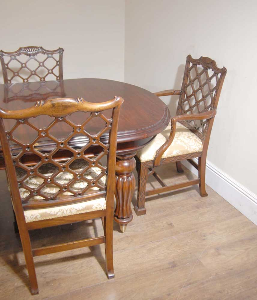 Victorian Dining Table: English Victorian Dining Table & Set 10 Chippendale Chairs