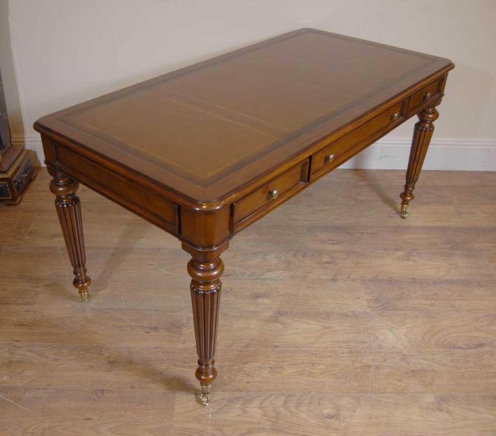 English victorian gillows writing desk table bureau for Table bureau