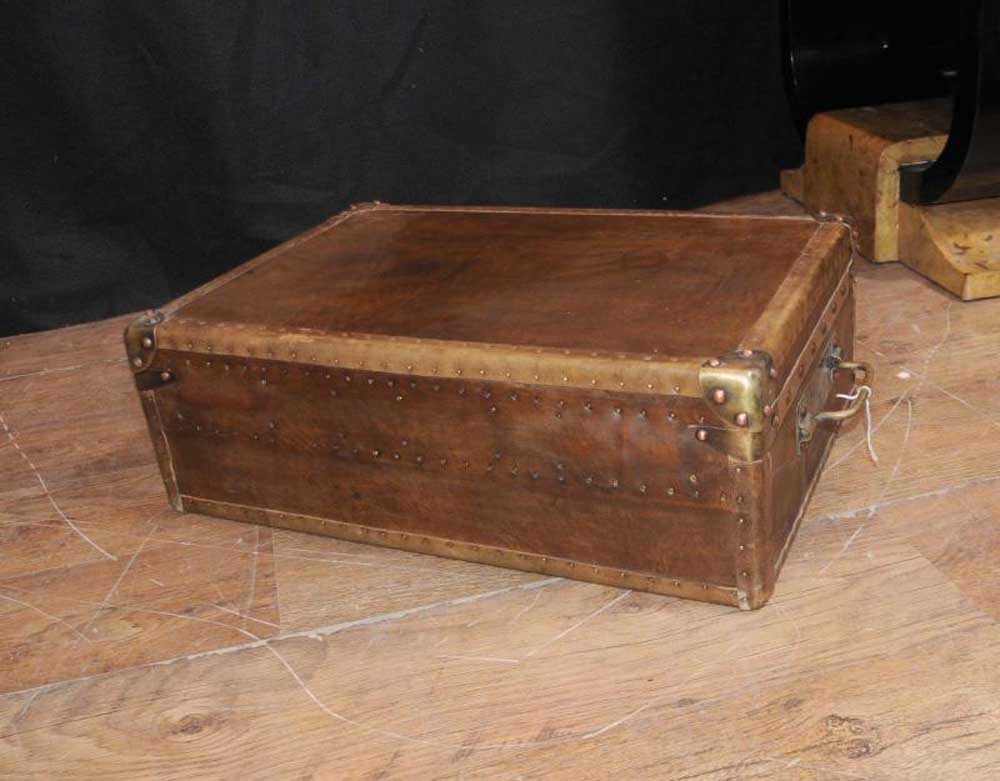 Luggage Trunk Coffee Table Vintage Steamer Trunk Chest Banded Railway Luggage Suitcase Coffee