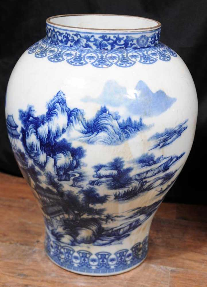 Pair Blue White Chinese Pottery Ginger Jar Urns Vases Nanking