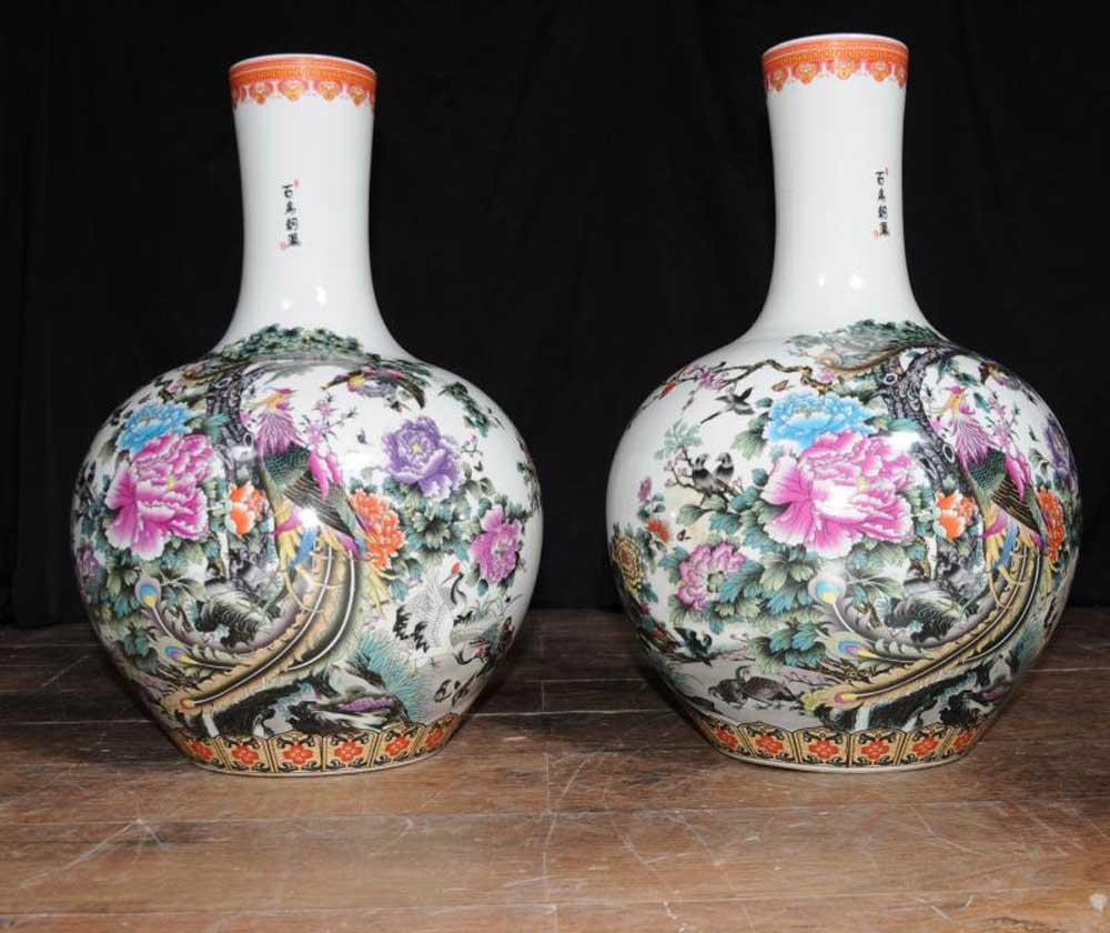 Pair Chinese Porcelain Vases Kangxi Pheasant Urns China