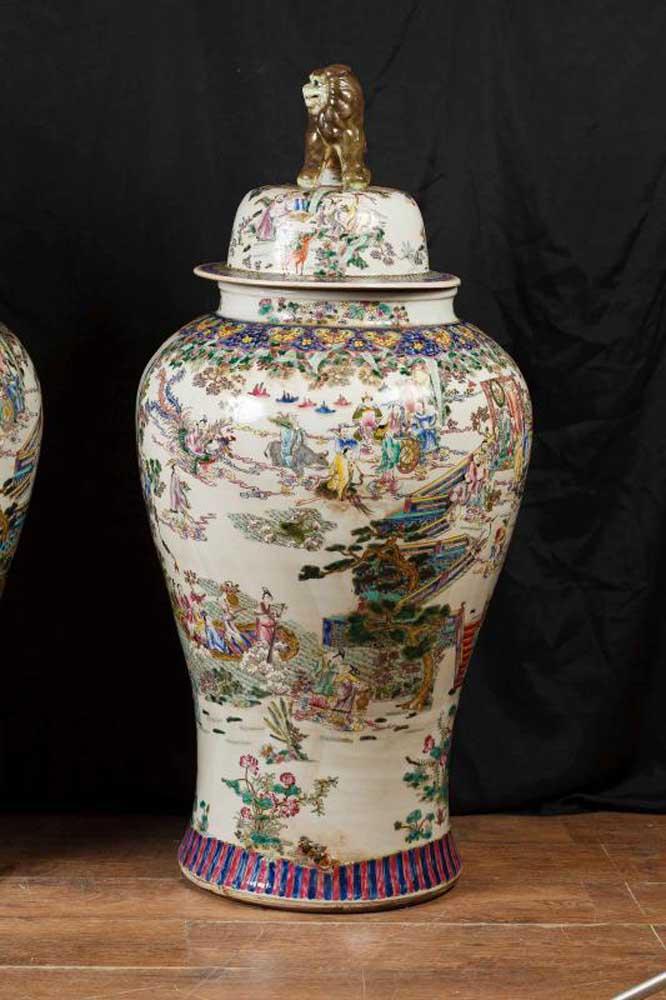 Pair Chinese Qianlong Porcelain Urns Vase Ginger Jars Qian