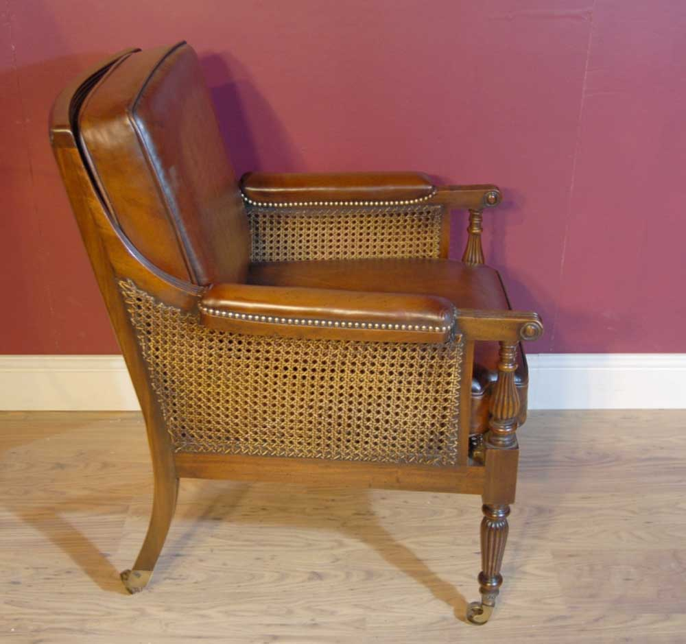 Pair french regency bergere chairs leather arm chair walnut for Table bergere