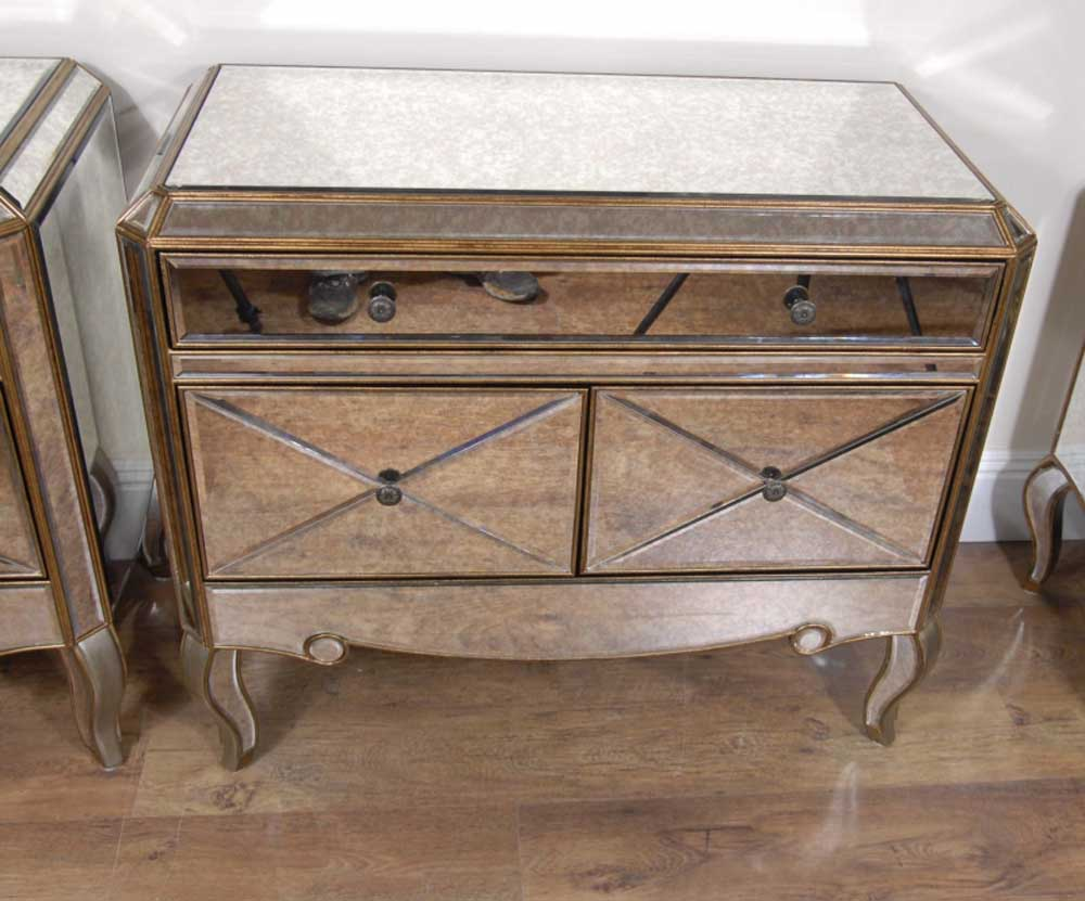 Pair funky art deco mirrored bedside chest drawers tables for Funky bedside tables