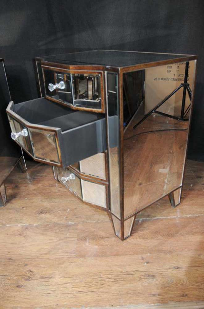 Mirror And Painted Bedside Table: Pair Mirrored Deco Bedside Chests Nightstands Mirror