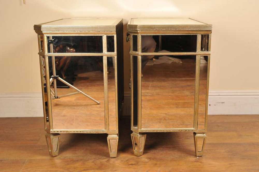 Pair mirrored night stands bedside cabinets deco for Mirror bedside cabinets