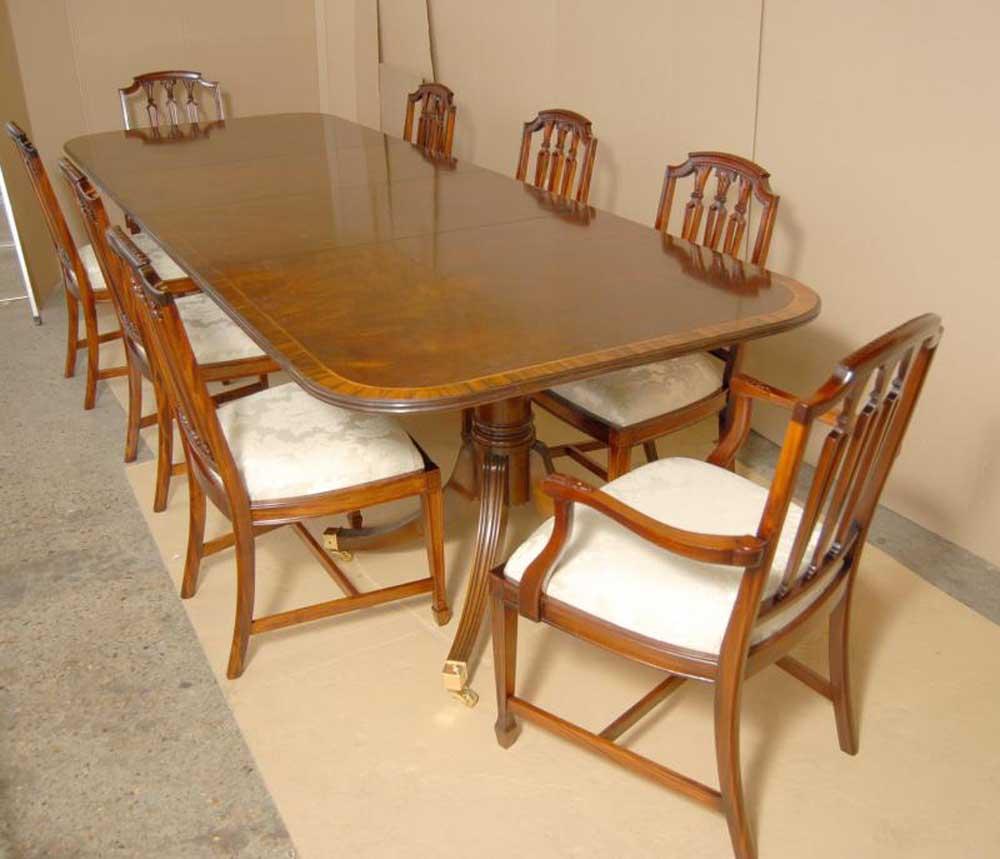 Regency dining set pedestal table and hepplewhite chairs for Pedestal dining table with chairs