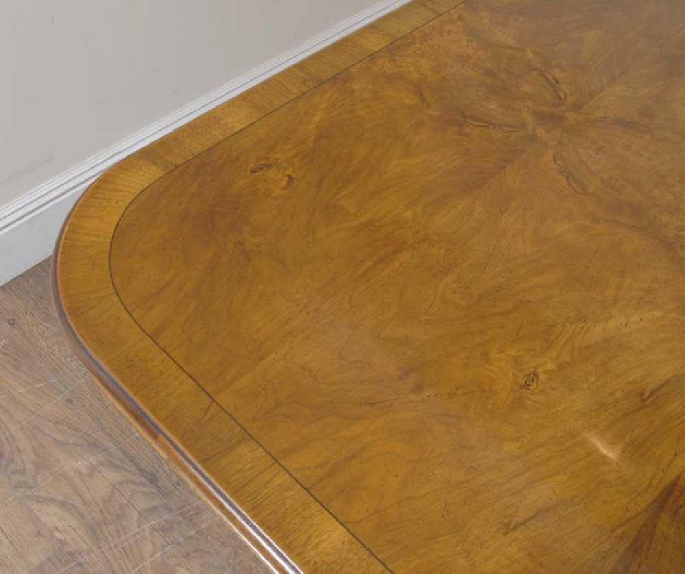 REGENCY TAVOLO DA PRANZO NOCE E 10 Guglielmo IV Sedie Set  : regency walnut dining table and 10 william iv chairs set 1269027840 product 28 from www.ebay.it size 1000 x 838 jpeg 62kB