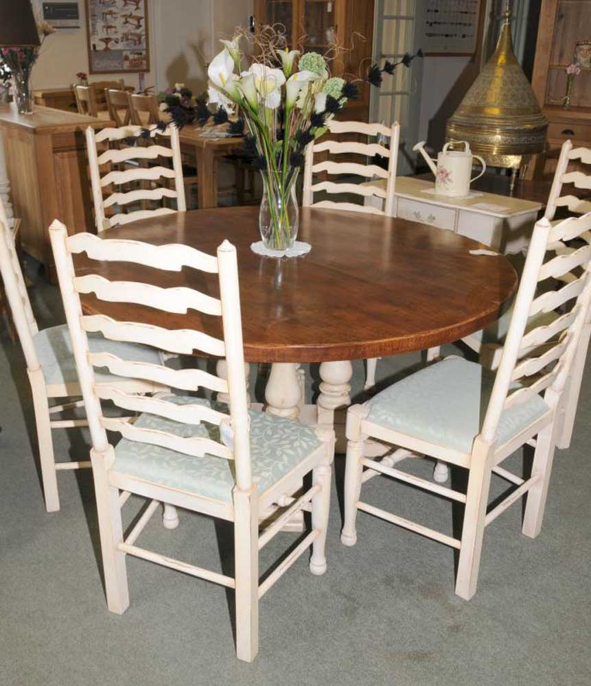 Round farmhouse painted kitchen dining table oak for Oak farmhouse kitchen table and chairs