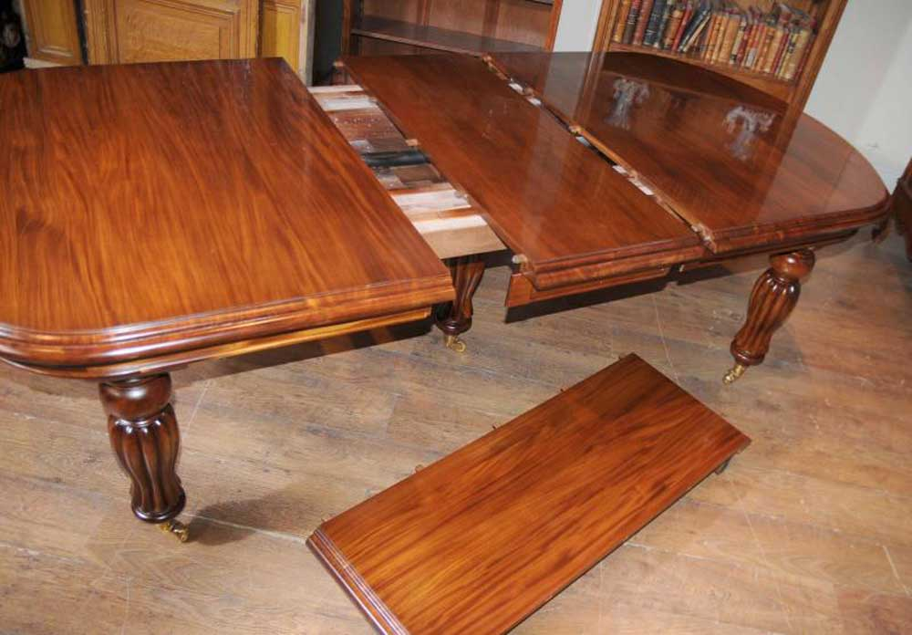 Victorian dining table set prince wales chairs mahogany for Edwardian table setting