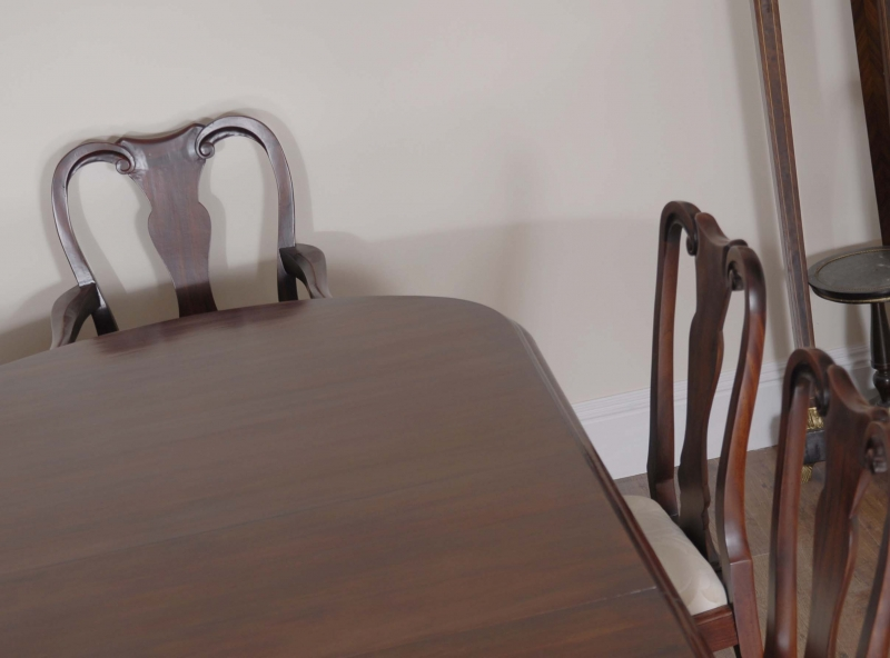 Dining Room Table And Chairs Seats 10