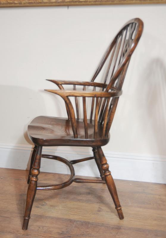 8 Antique Windsor Kitchen Dining Chairs Set Ebay