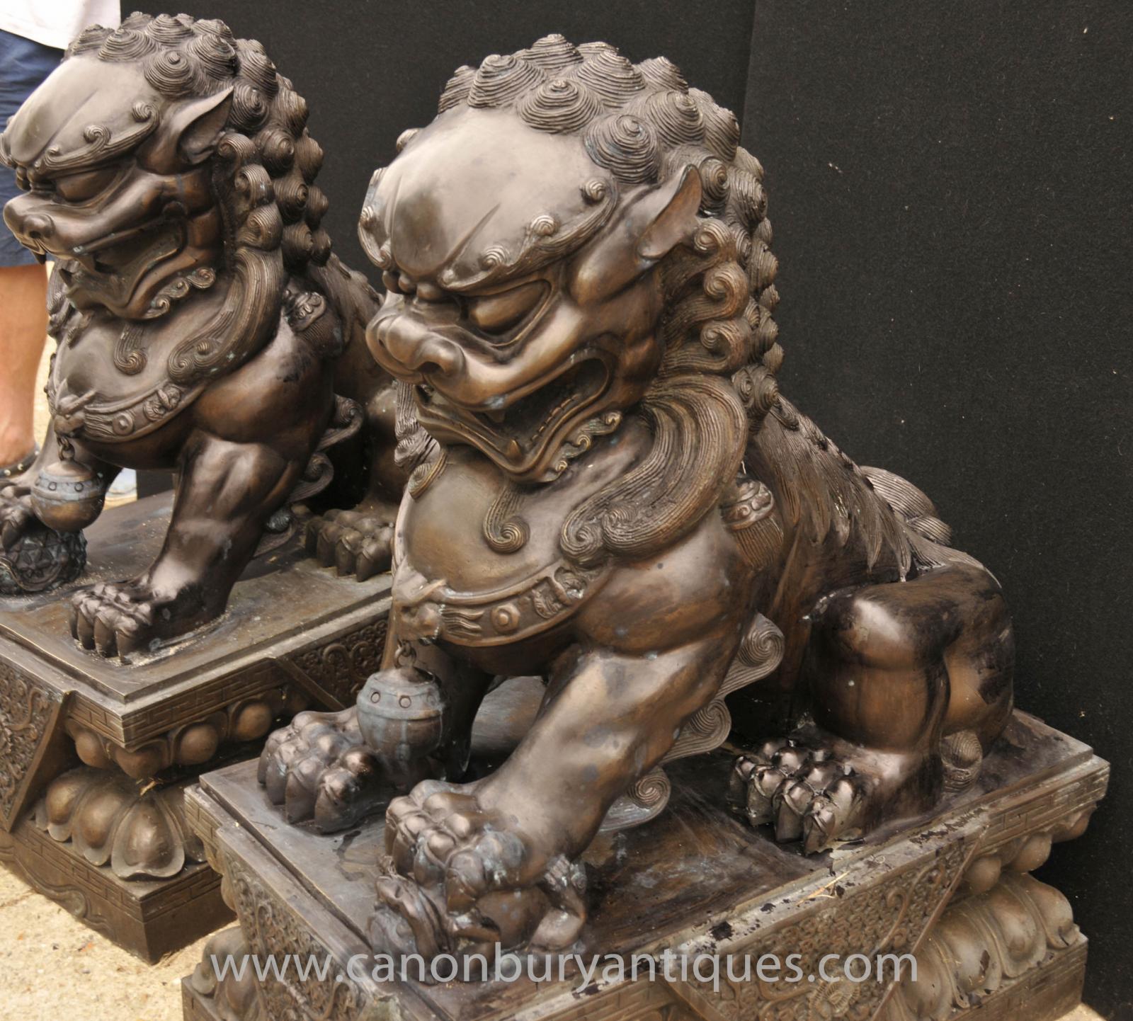 Foo dog statue temple - photo#13