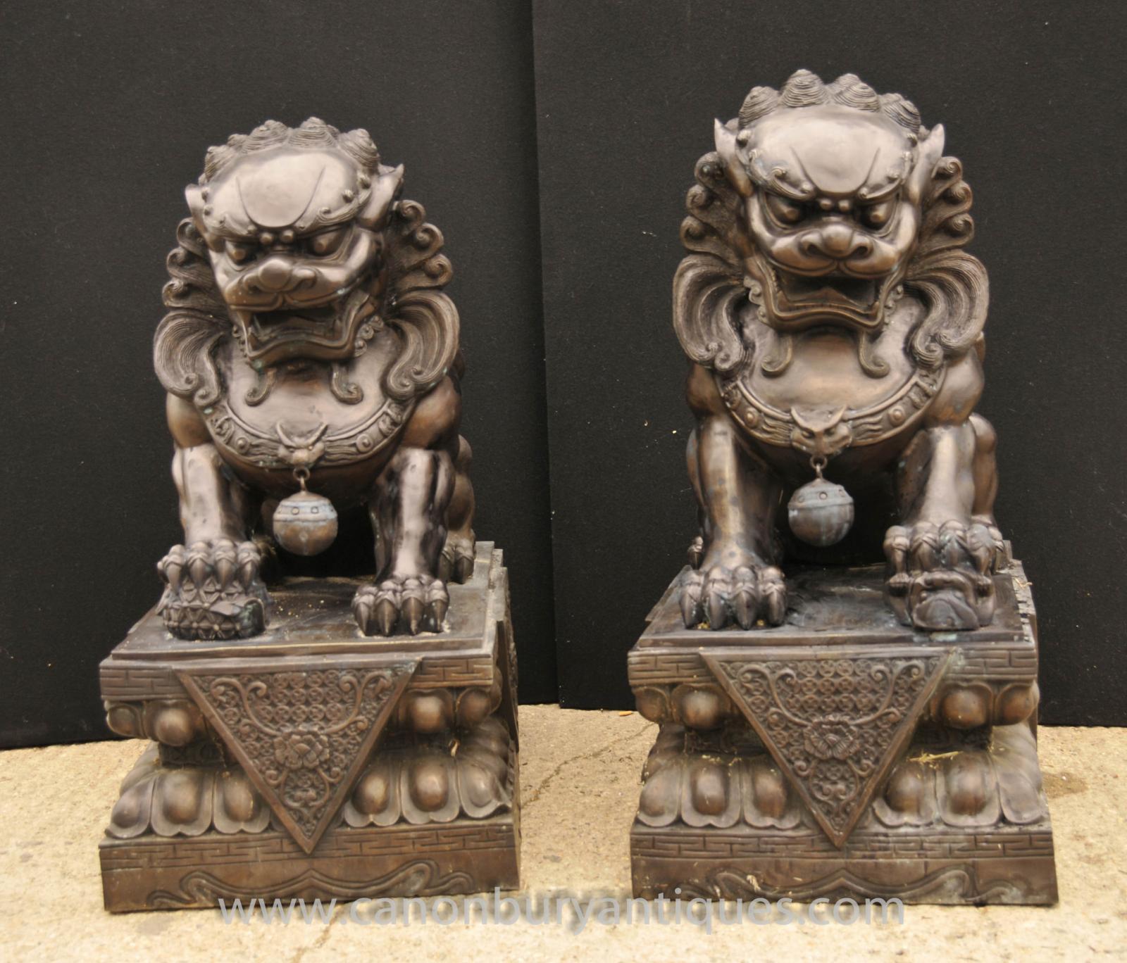 Foo dog statue temple - photo#3
