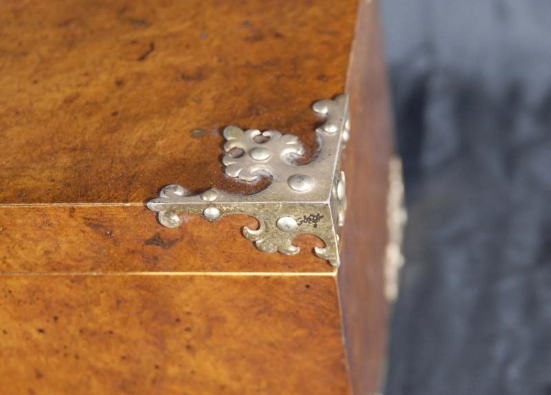 Photo of English Chess Set & Walnut Box Howell James