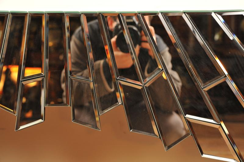 Photo of Funky Mirrored Console Table Deco Hall Tables