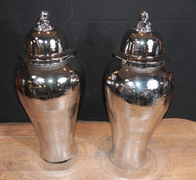 Photo of Pair Large Silver Chinese Porcelain Ginger Jars Vases Interior Design