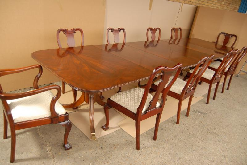 english regency dining table set 10 chippendale chairs ebay. Black Bedroom Furniture Sets. Home Design Ideas
